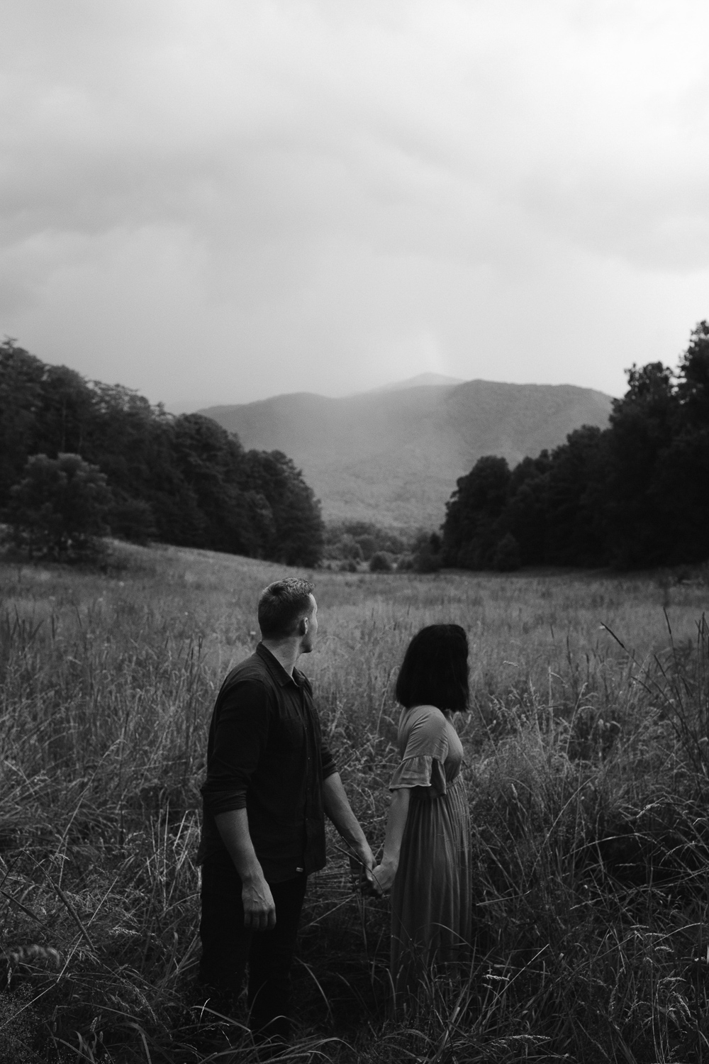 ariannamtorres and isaac engagement session at cades cove smoky mountains elopement-94.jpg