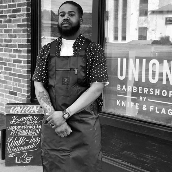 DURABILITY - All barber aprons are made to be durable and water resistant making them easy to clean. The durability also means your apron is going to last for many years and not just a few months. You won't need a new apron every few months.As a barber you know that if you don't have something to cover your clothes you will go home with hair all over you. Hair product stained into your clothes and you will most likely be wet from all of the water you use throughout the day. The solution to not wearing nice things to work is the Knife & Flag apron as it protects you and your clothes. The water resistant aprons allow barbers to remain clean and dry both at the same time.