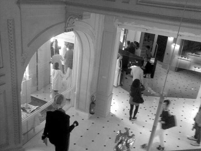 Maison martin margiela artisanal a w 2011 12 mmm - La maison champs elysees hotel ...