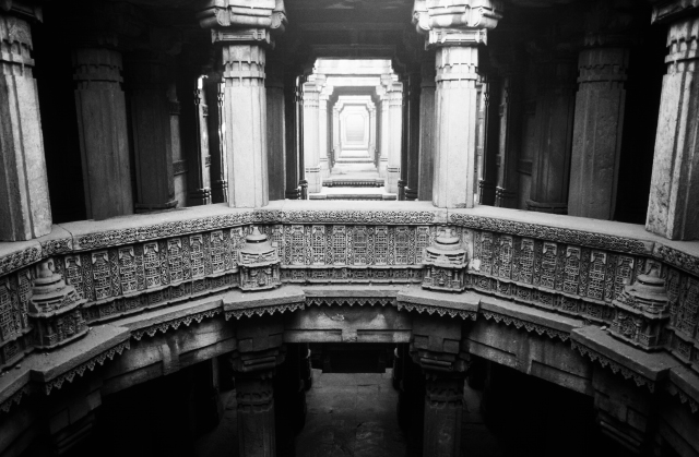 ADALAJ STAIRWELL [BUILT IN 1499] IN GUJARAT PHOTOGRAPHED BY ADRIEN DIRAND & JACQUES DIRAND IN SOME/THINGS MAGAZINE CHAPTER005