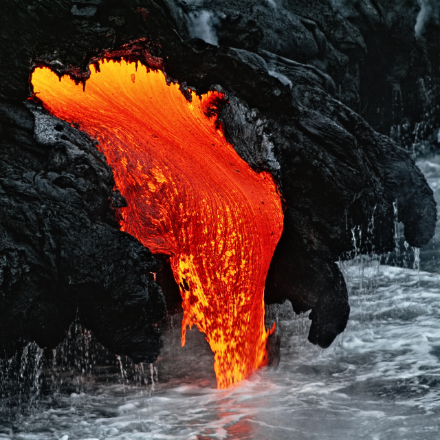 KILAUEA VOLCANO, BIG ISLAND, HAWAII PHOTOGRAPHED BY BERNHARD EDMAIER IN SOME/THINGS MAGAZINE CHAPTER004