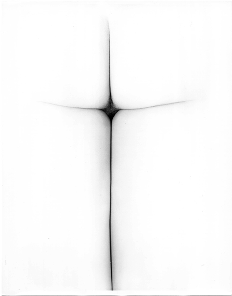erwin blumenfeld,  in hoc signo vinces  [in this sign you will conquer], 1967. gelatin silver print, vintage print, switzerland, private collection © the estate of erwin blumenfeld
