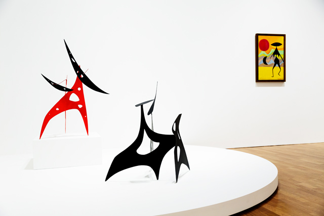 SOMESLASHTHINGS AGENCY pace gallery london alexander calder by nat urazmetova 04.jpg