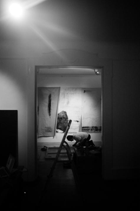artist charles munka working, photography by laurent segretier