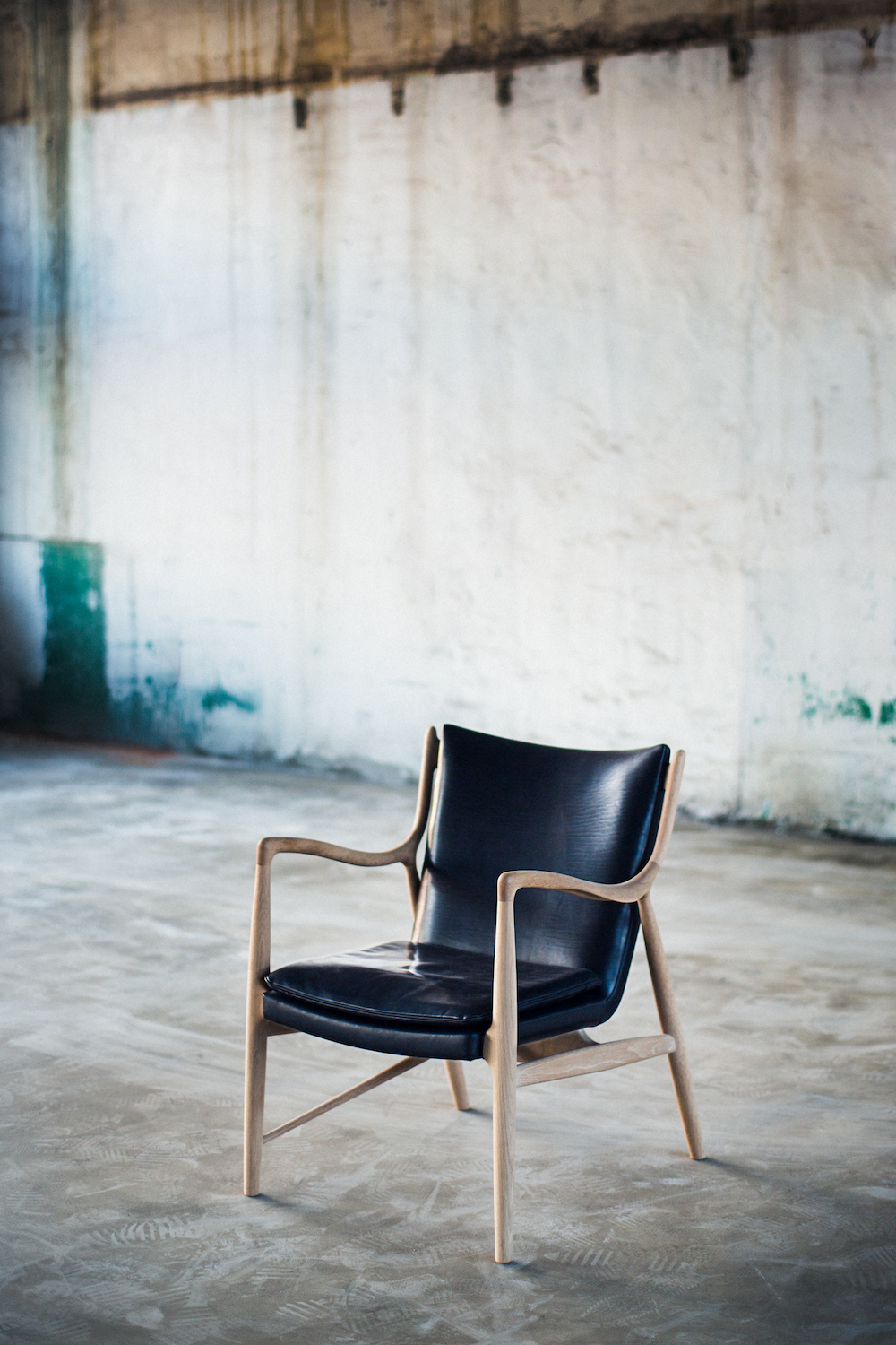 finn juhl x guidi chair collaboration model 108 photography by alexey blagutin | S/TUDIO