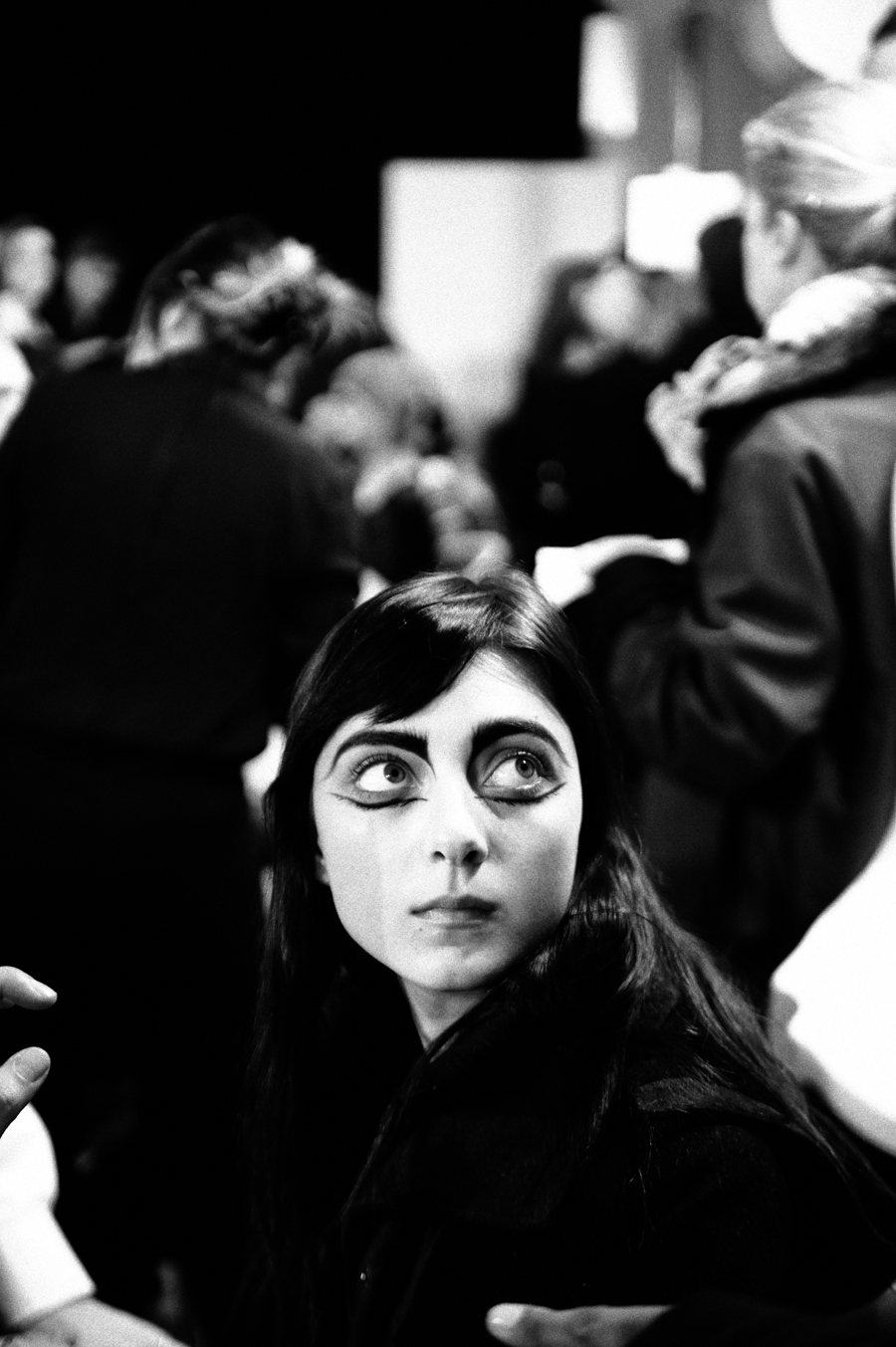 yohji yamamoto women's fall/winter 2014-15 backstage by elise toide | S/TUDIO