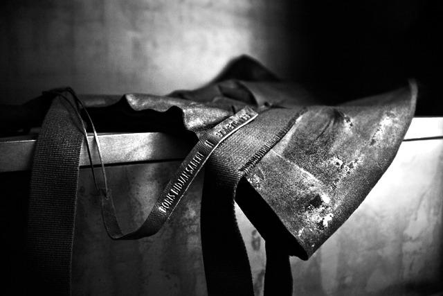 SOMESLASHTHINGS LIMITEDITIONS boris bidjan saberi bag for someslashthings 02.jpg