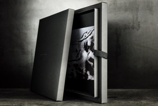 SOMESLASHTHINGS LIMITEDITIONS tatcmuam box by monika bielskyte.jpg