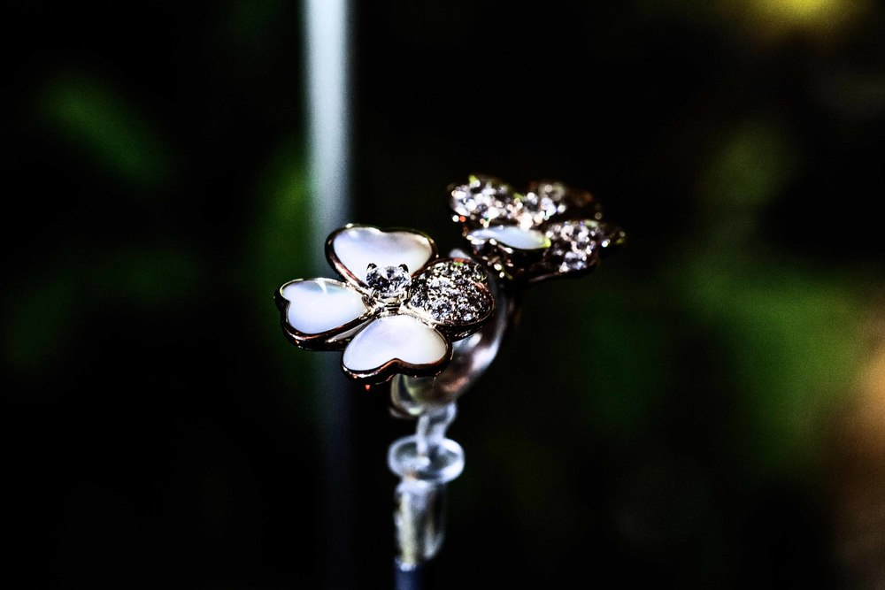 van cleef & arpels cosmos collection photography by arpa poonriratt | S/TUDIO