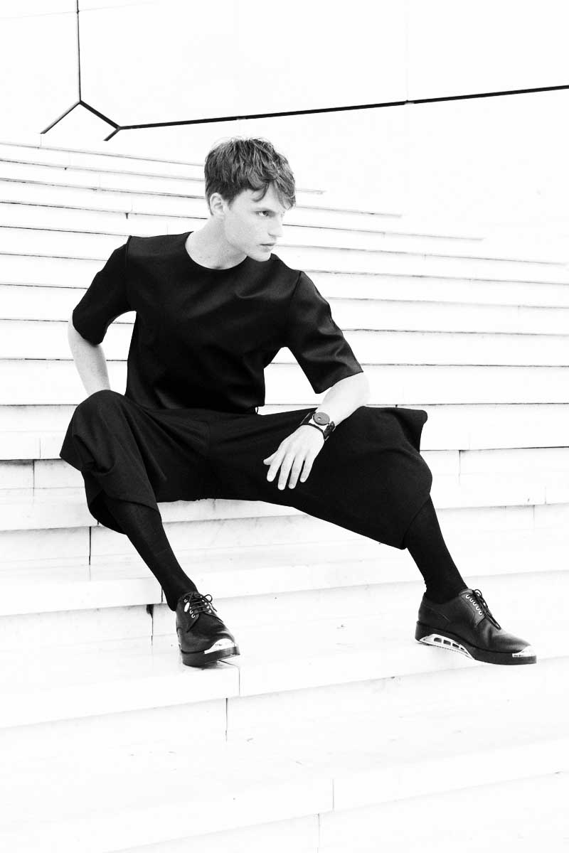 t-shirt dior trousers yohji yamamoto watch fob paris socks falke shoes dior  photography by elise toïde |   S/TUDIO