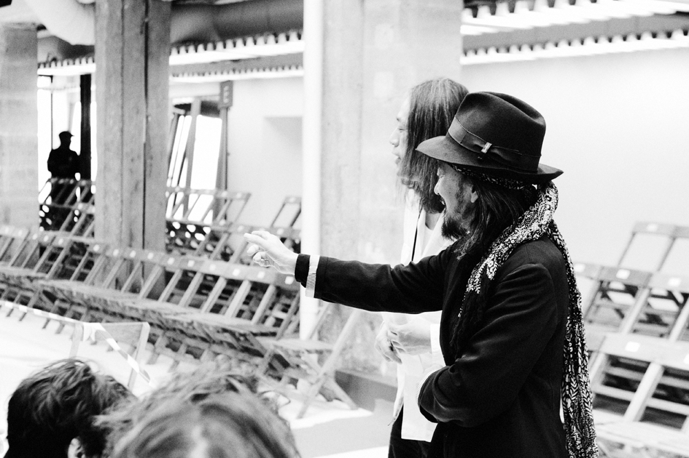 yohji yamamoto spring/summer 2015 backstage photography by elise toide | S/TUDIO