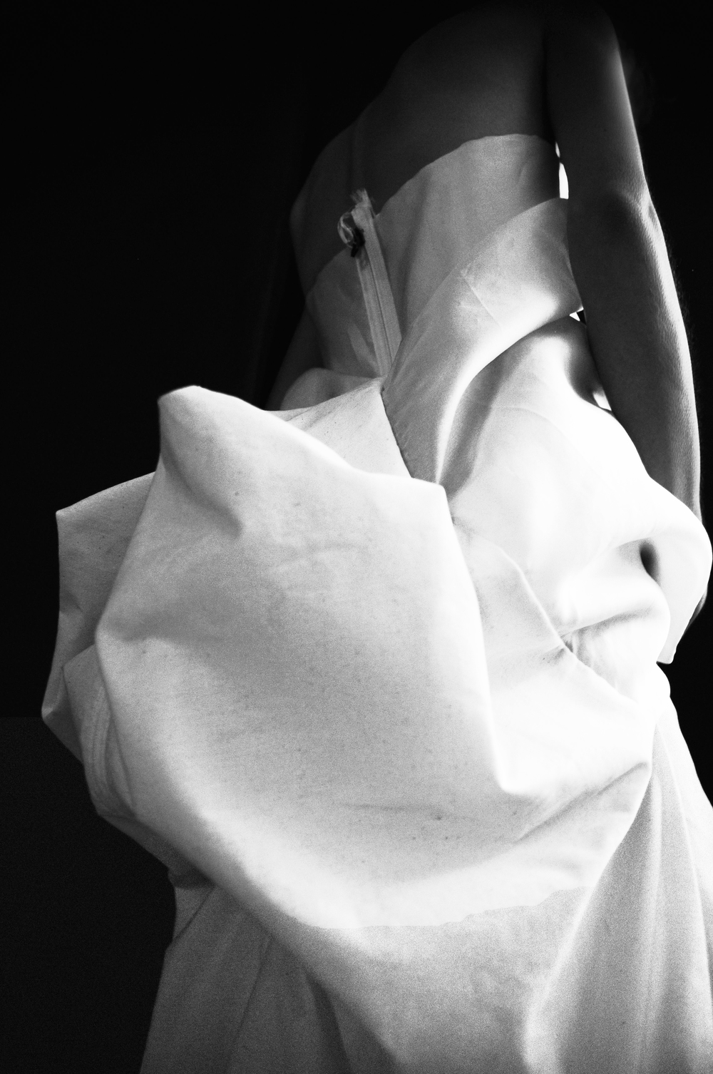white dichotomy | katharine grace x krishna godhead haute couture spring/summer 2015 photography by floriana castagna| S/TUDIO