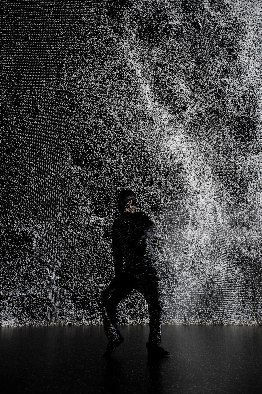 hiroaki umeda 'holistic strata' photography by ryuichi maruo
