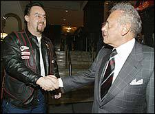 Mel Lastman shakes hands with a ...   via ekos.com