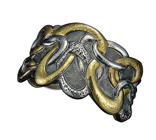 Ovali Cuff Bracelet