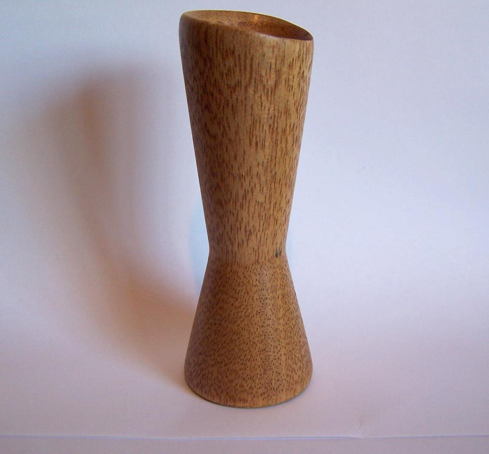 wooden-egg-stand.jpg