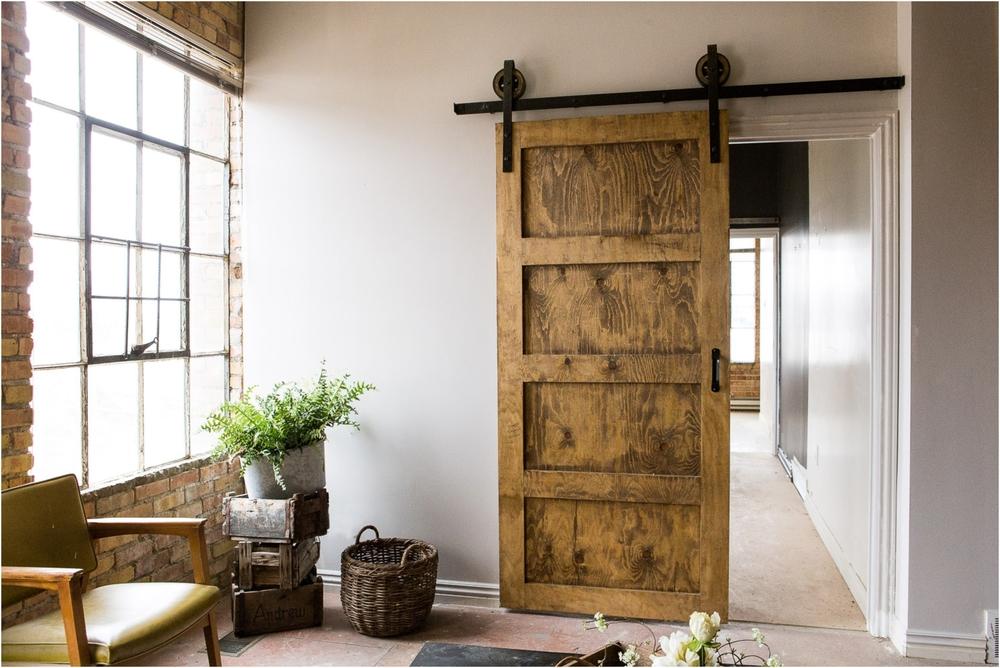 WoodRoundSpoke_Black_Door-.jpg