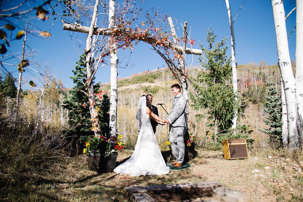 TysonHolly_Wedding_023.jpg