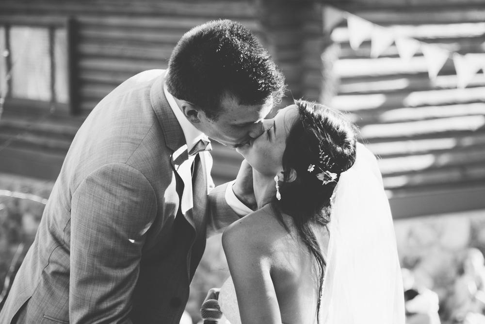 TysonHolly_Wedding_045.jpg