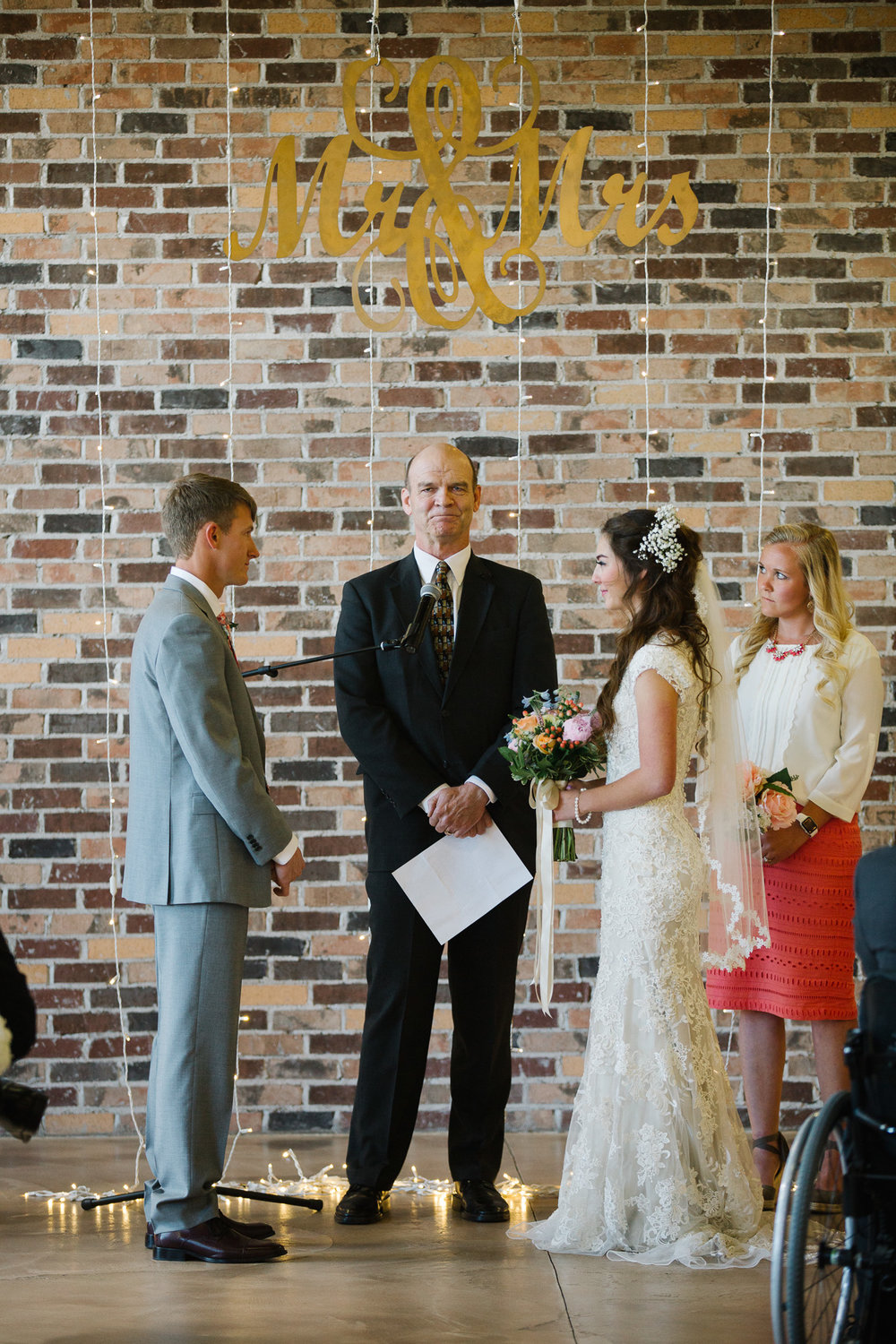 CarriGeorgeWedding_JTP2017_013.jpg
