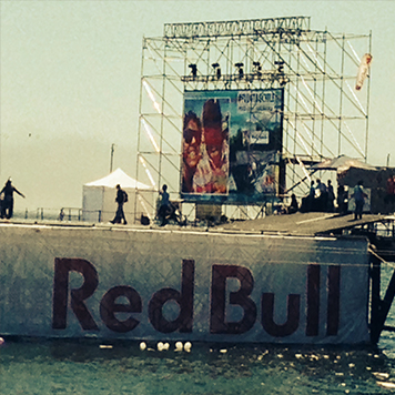 Red Bull | Flugtag