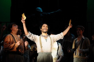 Martín as Che in Evita at Theater by the Sea.