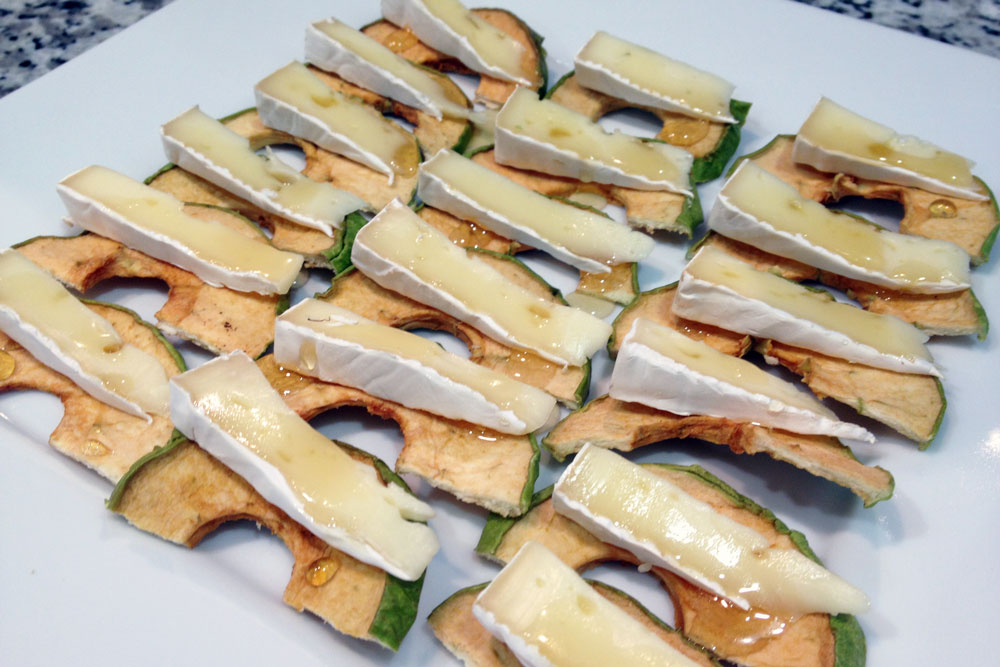 Honey Apple Brie Bites