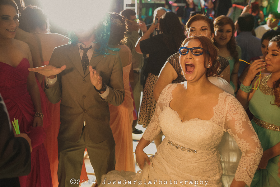Keylam + Alex Boda Mexicali Wedding Happy Bride