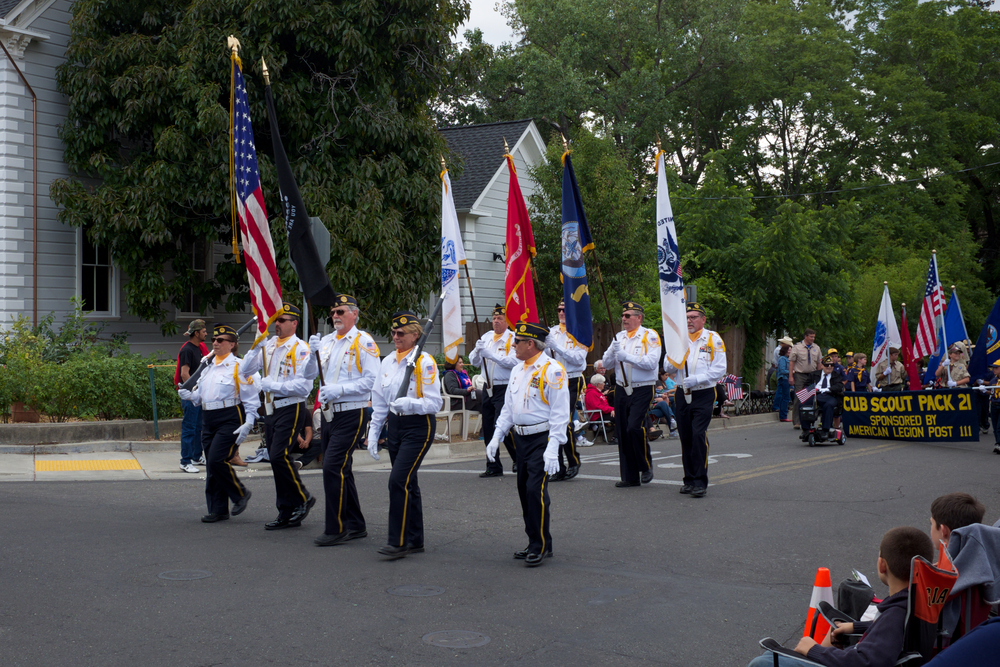 Healdsburg, CA FFA, Twilight Parade Fuji X100T f8 1/105th ISO 200