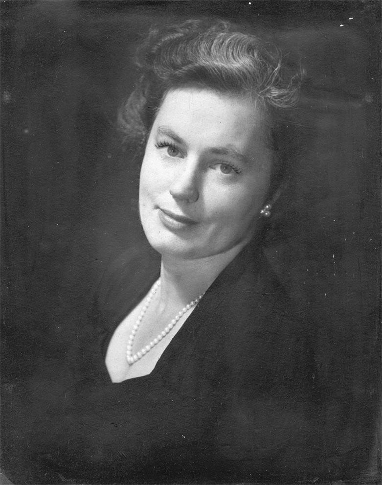 Mum 1946