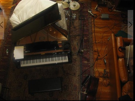 SH Pic piano.jpg