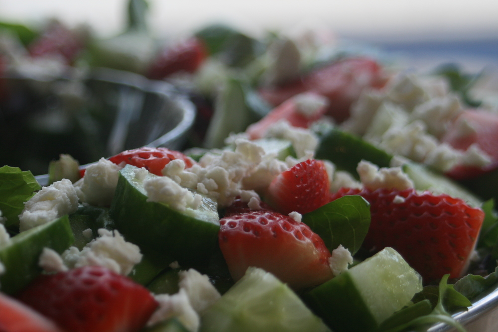 Srawberry and Goat Cheese Spinach Salad
