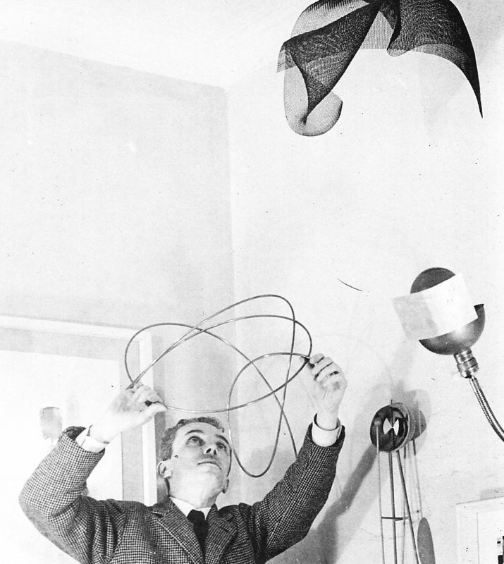 Munari in his studio in the 1950's.