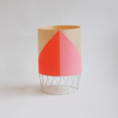 'Dowood' lamp in light pink and hot pink