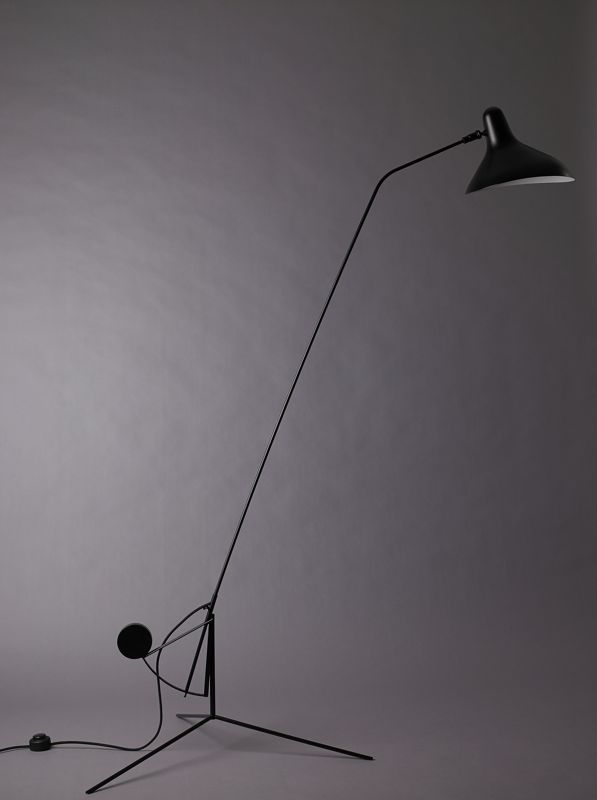 Bernard Schottlander's 'Mantis' floor light uses a javelin style arm resting in a counter-balanced bracket with holes for adjustment of it's angle.