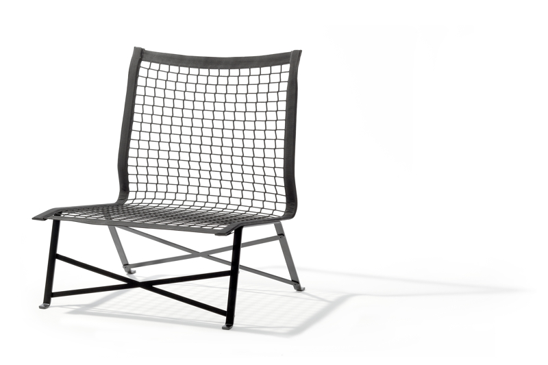 The 'Tiebreak' outdoor chair for German brand, Richard Lampert uses an actual outdoor tennis net on a steel frame. Photo by Richard Becker.