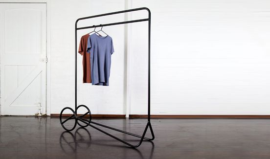 Australian designer, Rowan Wagner has developed a clothes rail called 'Mantis' with a strong sense of line.