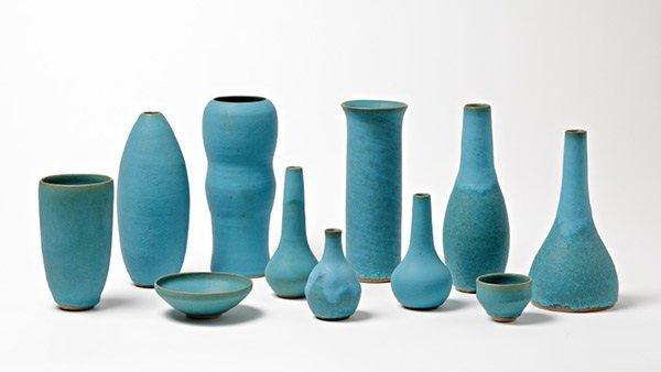 The beautiful matt turquoise vessels of Sandra Zeenni - Photograph by Pascal Vangysel. Galerie Silbereis.