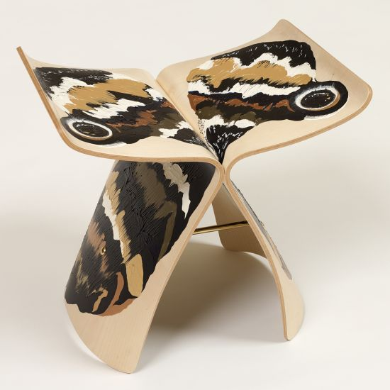 Antoine et Manuel's gorgeous painted butterfly cleverly mimics the book-matched grain of the original.