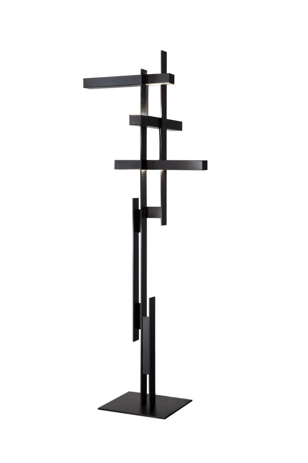 The highly sculptural 'LAS' floor lamp by Misto-o for Oluce. Mist-o are Tommaso Nani and Noa Ikeuchi.