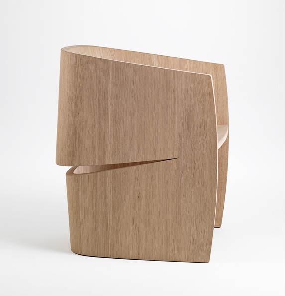 'Chair (2015) in European oak by Khai Liew.