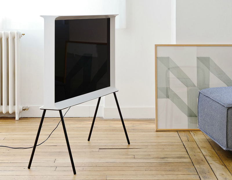 Design heavyweights, the Bouroullec brothers, launched a television designed for electronics giant Samsung. 'Serif' is based on an I-beam and is offered with or without legs.