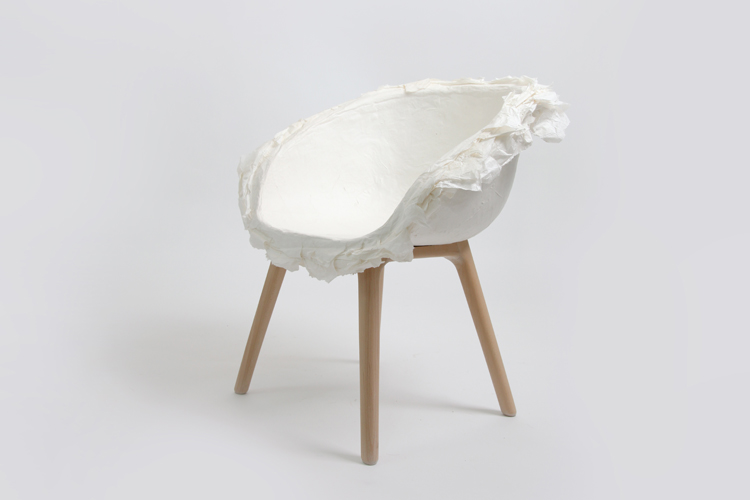 The 'Piao' chair by Yuhang (China) based studio, Pinwu.