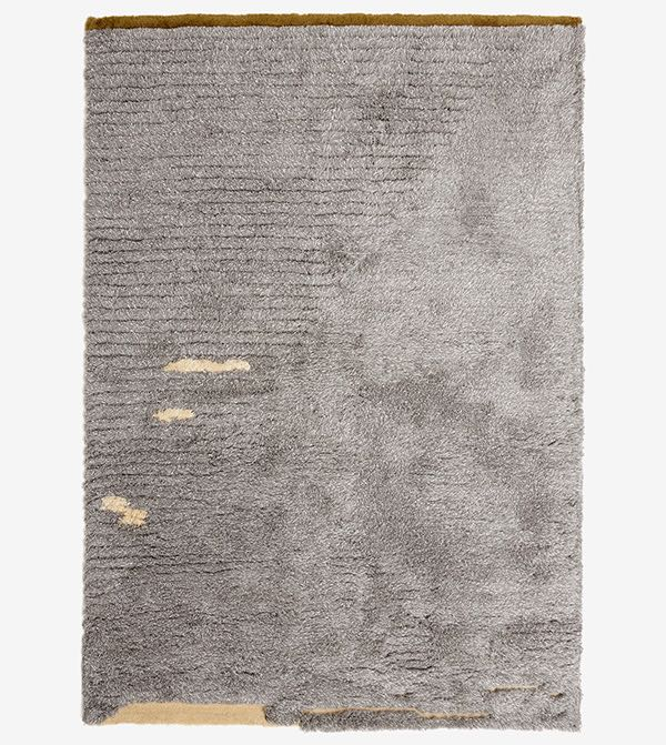 Hella Jongerius' 'Landscape' rug for Danskina. 80% wool and 20% linen. Available in 3 colours.
