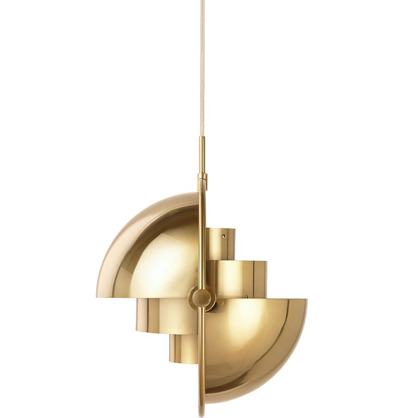 The ingeniuos form of Louis Weisdorf's Multi-lite pendant designed in 1972. Reissued by Danish brand Gubi.