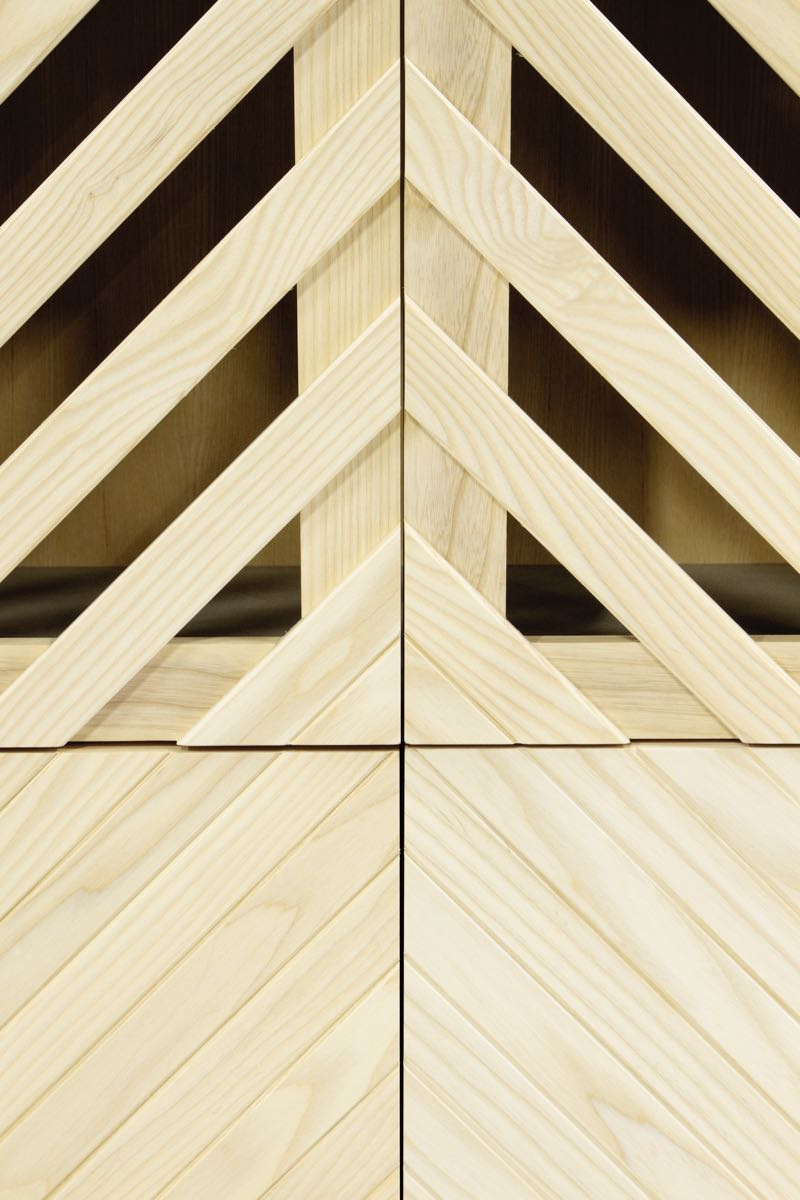A detail of the origianl cabinet presented by Petra Lilja as part of the 1+1+1 cabinet project.