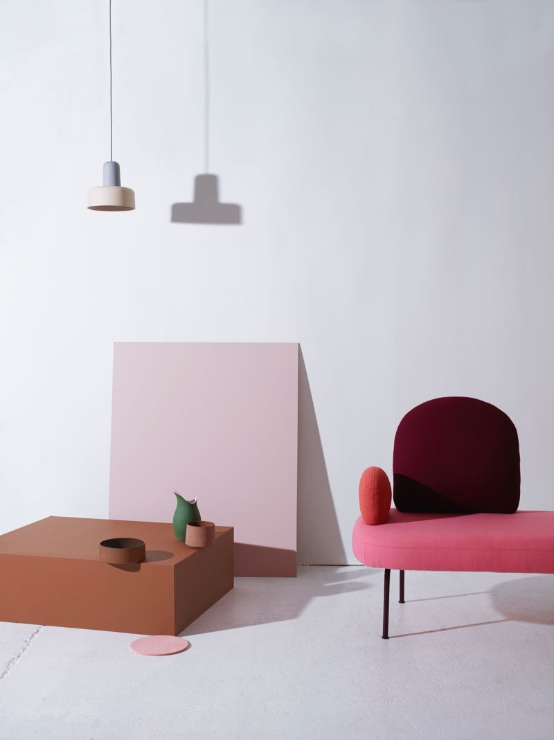 'Meld' pendant lights buy Noidoi, ceramic vessels 'Pour' byGunzler.Polmar, 'Between sofa' sofa by Sara Polmar.