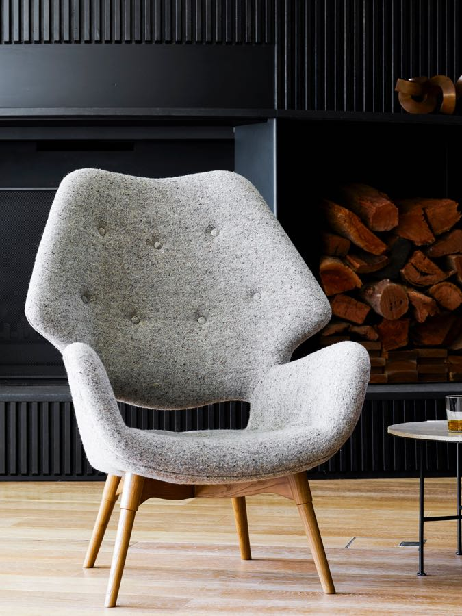 The B230H chair from Featherston's 'Contour' range was designed in 1953. The 'H' refers to the hole in the back.
