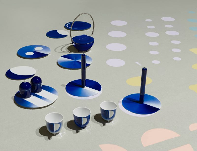 Studio Wieki Somers teamed up with Koransha pottery to produce a series of objects with a strongly modernist version of the traditional 'Koransha Blue' decorative technique Photography / Styling by Scheltens & Abbeness .