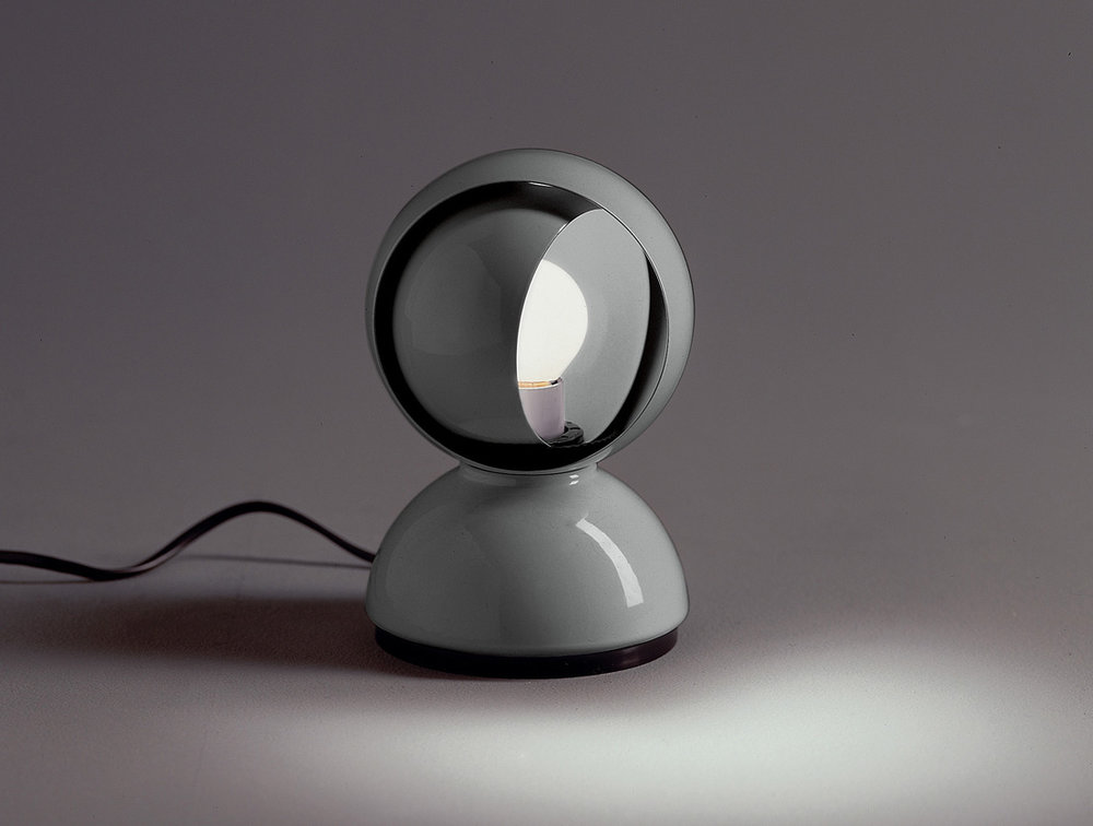 The 'Eclisse' lamp was designed by Magistretti in 1967 for Artemide and won the coveted Compasso d'Oro the same year.